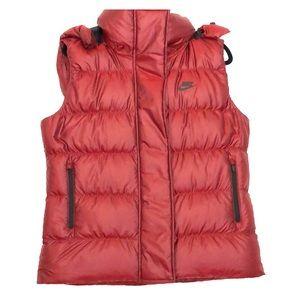 Maroon Large Women's puffy Nike Vest